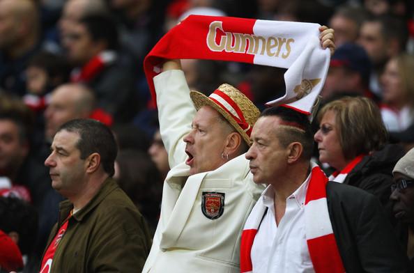John+Lydon+Arsenal+v+Birmingham+City+Carling+kwkjSBJpFrZl.jpg